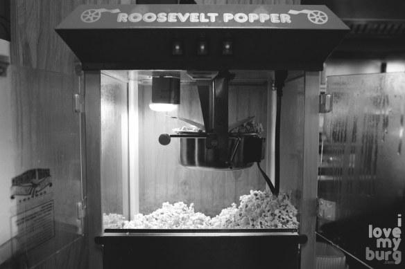 the corner popcorn bw