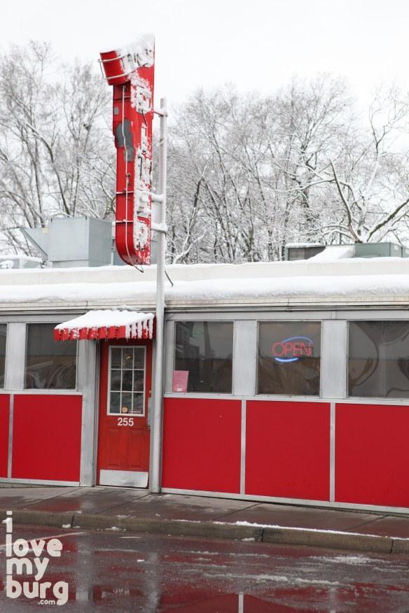 L&S diner front