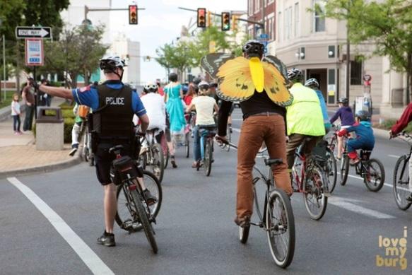 bike parade 4