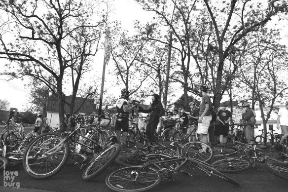 costume bike parade1