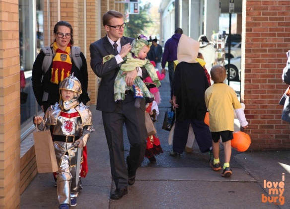 Halloween family 1
