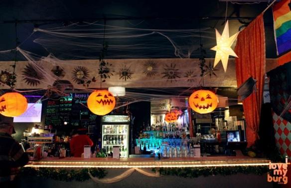 Halloween pumpkins dodger