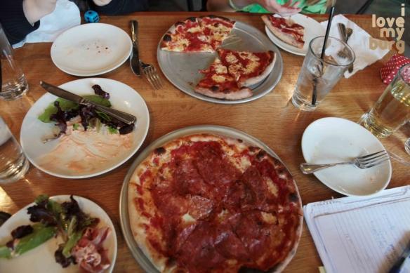 Bella Luna pizza 2