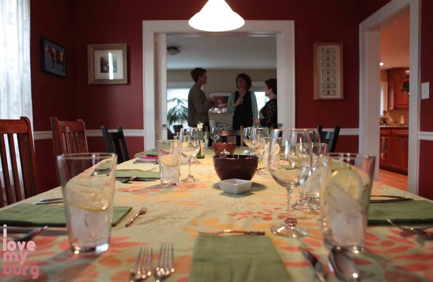 progressive party dinner table